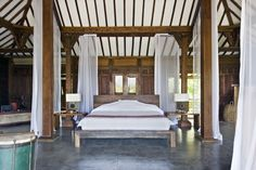 Take advantage of the stunning Ketapang Estate in Bali's latest offer…  Stay between 1st July 2014 and 31st August 2014 to receive 10% off Best Available Rate!  Offer also includes airport transfers, continental breakfast and butler service.   http://www.slh.com/hotels/ketapang-estate/special-offers/