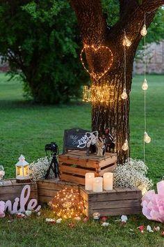 Idea Photo Booth per un matrimonio allaperto: scegli una pia Wedding Photo Booth, Wedding Stage, Fall Wedding, Rustic Wedding, Our Wedding, Dream Wedding, Wedding Rings, Garden Party Decorations, Outdoor Wedding Decorations