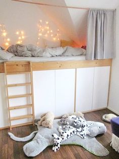 Living ideas with children's loft beds - We show the best living ideas and furnishing tips for ❤ children's loft beds. Bunk Beds Small Room, Bunk Beds Boys, Loft Beds, My New Room, My Room, Interior Design Guidelines, Small Loft, Tiny House Plans, Kids Bedroom