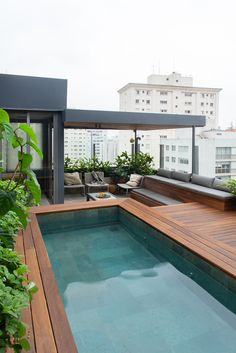 Swimming Pools Backyard, Rooftop Terrace, Terrace Garden, Dream Home Design, House Design, Pool Days, Beach Hotels, Pool Designs, Villas