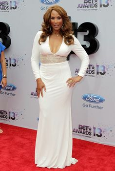 Former super-model Beverly Johnson turns 61 today. She was born 10-13 in 1952.