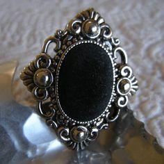 Black Velvet Limited Edition Baroque Drawer Pull by BeauxBangles Baroque, Goth Home, Jewelry Hanger, Renaissance, My Glass, Home Living, Drawer Pulls, Decoration, Black Velvet