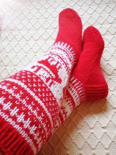 Owl Socks, Woolen Clothes, Hiking Socks, Cosy Winter, Horse Gear, Hobby Horse, Warm Socks, Thick Yarn, Winter House