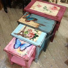 Shabby Chic Crafts, Vintage Shabby Chic, Shabby Chic Decor, Decoupage Furniture, Hand Painted Furniture, Upcycled Furniture, Shabby Chic Boutique, Rice Paper Decoupage, Painted Boxes