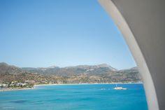 Ξενοδοχεία Κάρπαθος. Απολαύστε τις διακοπές σας. Sunrise Hotel, Karpathos, Health Center, Cafe Bar, Shopping Center, Airplane View, City, Beach, Water