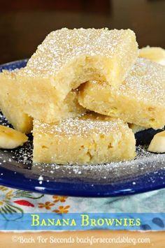 How to Make Banana Brownies - White Chocolate Banana Brownies. Woah, SO Good!!  #brownies #bananabrownies #dessert