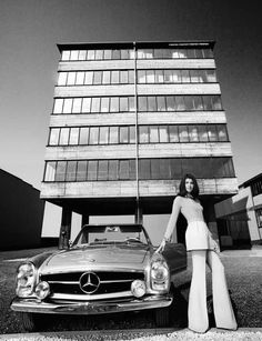 """""""Oh Lord, won´t you buy me...  In a Mercedes-Benz..."""" #mercedes #cars #women"""