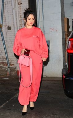 Selena Gomez Photos, Selena Gomez Style, Beverly Hills, Duster Coat, Raincoat, Jackets, Fashion, Going Out, Rain Jacket