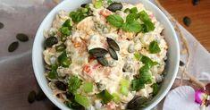 Szybka sałatka serowo-jajeczna z marchewką i groszkiem Potato Salad, Potatoes, Ethnic Recipes, Food, Diet, Salads, Potato, Essen, Meals