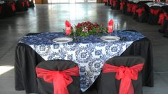 black and red damask sweet-heart table