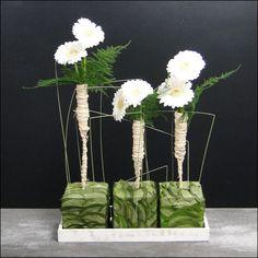Het aanbod van de workshops staat steeds vermeld op onze website. 3 maal per jaar is er een open dag waar de workshops van het komende seizoen te zien zijn. Simple Flowers, Diy Flowers, Flower Decorations, Art Floral, Floral Design, Ikebana, Design Crafts, Decor Crafts, Gerbera