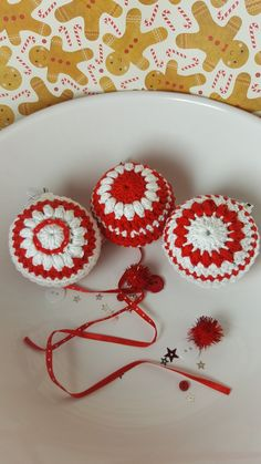 Crochet baubles in my Folksy store 'Made by Sun Rae' and in my Etsy store 'by Sun Rae'