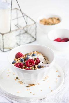 Ik was mijn tijd ver vooruit als het gaat om quinoa gebruiken maar dat is niet helemaal het geval met quinoa granola, daarvoor moest er meer gebeuren!