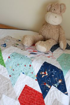 FREE Baby Quilt pattern by Keera Job of LIVE.LOVE.SEW Pattern Co. Fabric: Greatest Adventure designed by Cinderberry Stitches #iloverileyblake #fabricismyfun