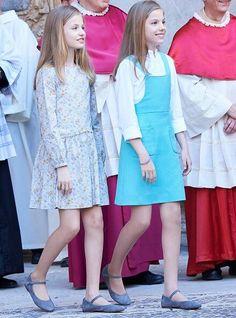 Newmyroyals: Easter Mass, Cathedral of Palma de Mallorca, Palma de Mallorca, Spain, April 1, 2018-Infanta Leonor and Infanta Sofía