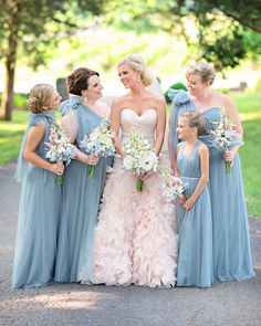 How gorgeous and perfect are these @jennyyoonyc #bridesmaiddresses? And the bride's blush @allurebridals #weddingdress! You must see all of this wedding #FeaturedOnELD today, showcasing @kristenweaverphoto, @angelaproffitt, @arringtonvineyards, @mcdoughboys, @southerneventsonline, @wiregrassweddings, @bzcake831, & @whiteroomtn... link is in our profile! #nashvillewedding #bluebridesmaids