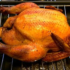 Yum!! If you don't mind can you tell me how long and what temperature did you cook by an oven? - 253件のもぐもぐ - Roasted chicken with crispy skin by 12Dragon