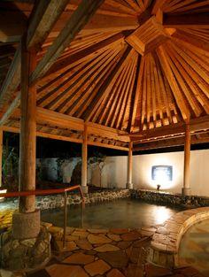 夜の海洋深層水風呂。室戸の海から汲み上げてます。