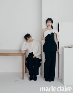 'Hotel Del Luna' co-stars IU and Yeo Jin Goo do a 180 with a minimalistic vibe for 'Marie Claire' Luna Fashion, Kpop Fashion, Korean Fashion, Korean Actresses, Korean Actors, Actors & Actresses, Korean Couple Photoshoot, Kdrama, Jin Goo