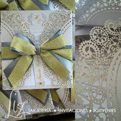 Metálicos para las bodas de esta época de fiestas :-) invitaciones en ténica laser cut en tonos dorado, plateado y ecru