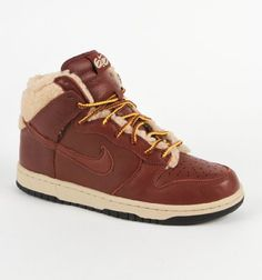 Nike Women's Dunk High 6.0 Premium - Oxen Brown / Oxen Brown-Grain, 7 B US Nike,http://www.amazon.com/dp/B005968T6C/ref=cm_sw_r_pi_dp_Gbgysb0MF1BE1XA3