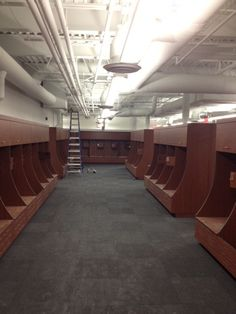 15 Best Syracuse Football Locker Room Images Cubbies Lockers