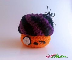 Crochet Amigurumi Halloween Zombie Cupcake Plush - thezombiehooker @ Etsy