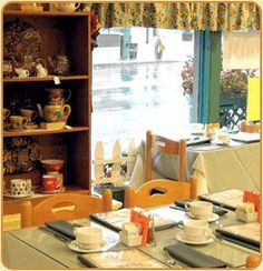 The Silver Tips Tea Room in Tarrytown, New York. In my experience, the best tea room in America, possibly because it is connected Makaibari tea estate  in Darjeeling... Whether you order black, white, green, or herbal tea, oolong, rooibos --- there are dozens of varieties of each --- it is brewed, perfectly, in a pot. Heaven!  - Still farmed by the original founding family, now in its 4th generation.