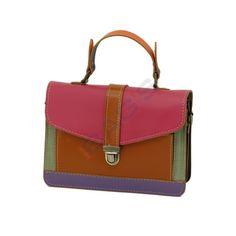 www.newbags.ro - Magazin cu produse doar din piele naturala: posete, genti, serviete, rucsaci, plicuri, borsete, portofele, curele si multe alte produse. Avem transportul gratuit indiferent de valoarea comenzii ! Satchel, Handbags, Fashion, Moda, Totes, Fashion Styles, Purse, Hand Bags, Women's Handbags