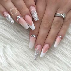 French Tip Acrylic Nails, French Tip Nail Designs, Bling Acrylic Nails, Acrylic Nails Coffin Short, Rhinestone Nails, Bling Nails, Nice Nail Designs, White Tip Nails, Wedding Acrylic Nails