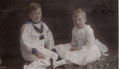 Prince George and Prince John by *Linnea-Rose Queen Victoria Descendants, Queen Victoria Family, Victoria Reign, Queen Mary, Princess Mary, Prince And Princess, Queen Elizabeth Ii, George Duke, King George
