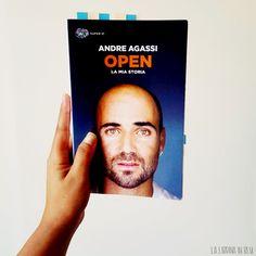 """""""Non riesco a immaginare che tutta questa gente voglia assomigliare ad Andre Agassi, dal momento che io non voglio essere Andre Agassi."""" In un libro la storia di un uomo che ha segnato … Reading, Cover, Books, Libros, Word Reading, Book, Reading Books, Blanket, Book Illustrations"""