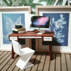 One of my own laser cutting projects, a midcentury desk in quarter scale. I also made the iMac, frames and books. The chair is from Shapeways. Mid Century Desk, Modern Dollhouse, Dollhouses, Laser Cutting, Modern Decor, Office Desk, Scale, Frames, Retro