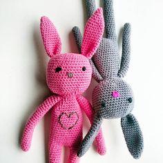 Bunny-Love - #amigurumi #crochetconcupiscence #crochet #instacrochet #bunny #bunnycrochet #mycrochetanimals #haken #häkeln #virka #hakika #crochetforcancer #stubru #musicforlife by muriesu