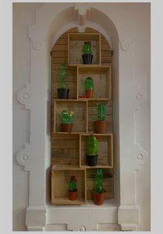 Plastic Bottles, Bookcase, Shelves, Home Decor, Pet Plastic Bottles, Plastic Water Bottles, Shelving, Decoration Home, Room Decor