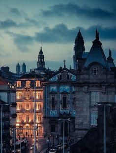 Dusk, Porto, Portugal photo via bea