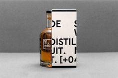 De Stijl Wiski on Packaging Design Served Beverage Packaging, Bottle Packaging, Brand Packaging, Packaging Design, Plastic Design, Intelligent Design, Wine And Spirits, Alcohol Spirits, Bottles And Jars