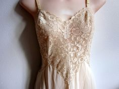 Vintage full slip beige lace nightgown Vanity fair USA sexy lingerie 32 bust by divasvintage on Etsy