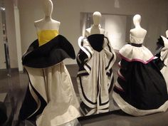 Roberto-Capucci-sculpture-dresses