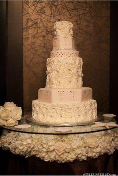 Wedding cake inspiration...very distinctive and unique! <3 it