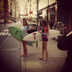 NYC paddle boarding