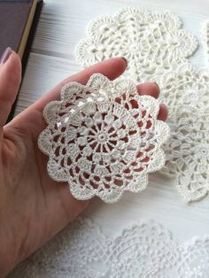 New Crochet Lace Doily Pattern Etsy 32 IdeasStudy In Circles Crochet Motif Table Runner PatternCrochet hexagon for blousesGood evening to all yapt runner s lounge team made the console the middle – ArtofitTog pan o - Salvabrani Crochet Dollies, Crochet Lace, Crochet Stitches, Crochet Flower Patterns, Crochet Flowers, Crochet Cardigan Pattern, Crochet Snowflakes, Crochet Tablecloth, Lace Doilies