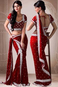 red-sari-marriage-latest-new-designs. - red-sari-marriage-latest-new-designs. Source by schokus - Indian Bridal Lehenga, Indian Bridal Fashion, Indian Beauty Saree, Indian Attire, Indian Wear, Dance Outfits, Dance Dresses, Beautiful Saree, Beautiful Dresses