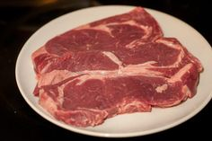 If you're using a Griddler by Cuisinart for steaks, here are some tips, recipe suggestions and food safety recommendations that will likely come in handy. How To Cook Pork, How To Cook Chicken, George Foreman Recipes, Griddle Recipes, Ham Steaks, Grilling Recipes, Food Safety, Chicken Recipes, Blackstone Griddle