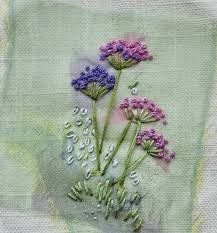 french knots in embroidery French Knot Embroidery, Hand Embroidery Flowers, Ribbon Embroidery, Floral Embroidery, Embroidery Stitches, Embroidery Patterns, Embroidered Flowers, French Knot Stitch, French Knots