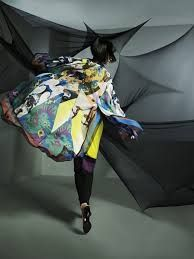 Resultado de imagem para exposição artes e moda
