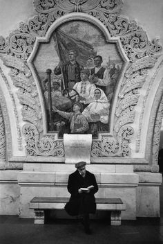 Bruno Barbey USSR. Moscow. Subway station. 1967.