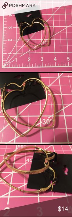 brand-new goldtone heart fashion jewelry earrings 0139 pretty brand-new gold-tone round circle big earrings fashion jewelry for a woman's and ladies.  Check out my closet, we have a variety of Victoria Secret, Bath and Body Works, handbags 👜 purse 👛 Aerosoles, shoes 👠fashion jewelry, women's clothing, Beauty products, home 🏡 decors & more...  Ships via USPS. Don't forget to bundle, you save big! Always a FREE GIFT 🎁 with every purchase!!! Thank you & Happy Poshing!!! Jewelry Earrings