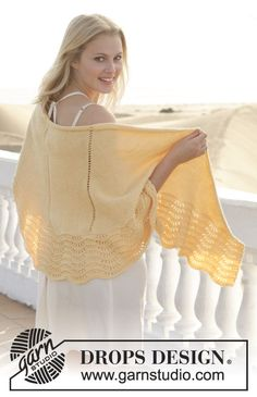 "Soleil - Knitted DROPS shawl with wave pattern in ""Merino Extra Fine"". - Free pattern by DROPS Design"