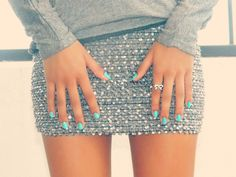 Short skirt with sequins